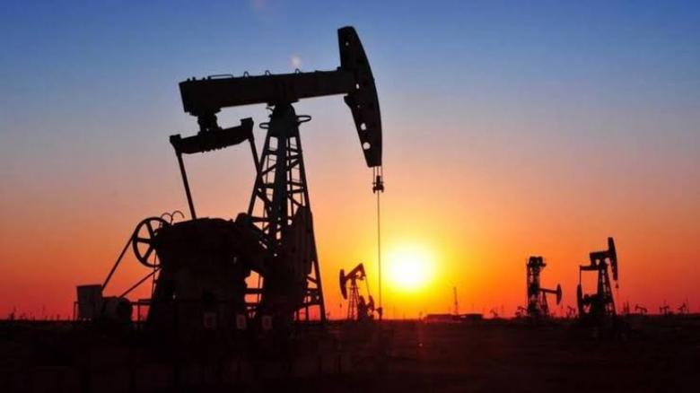 النفط يصعد إلى 65 $ للبرميل بعد مهاجمة إيران لقوات أمريكية في العراق