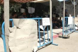 أجهزة السلطة تزيل بالقوة خيمة اعتصام المحررين المقطوعة رواتبهم برام الله