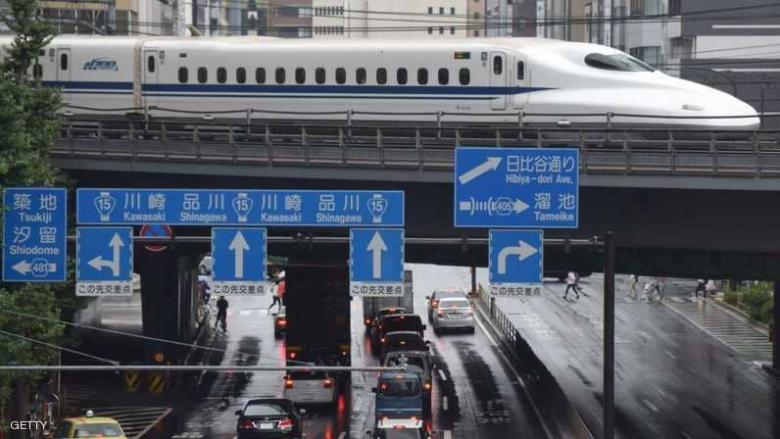 اليابان تسجل أول عجز تجاري منذ مايو