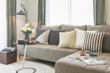 4 إرشادات عند شراء الأريكة