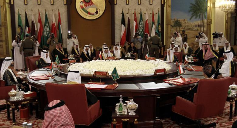 السيسي: جيشنا سيتحرك إذا تعرض أمن الخليج لخطر