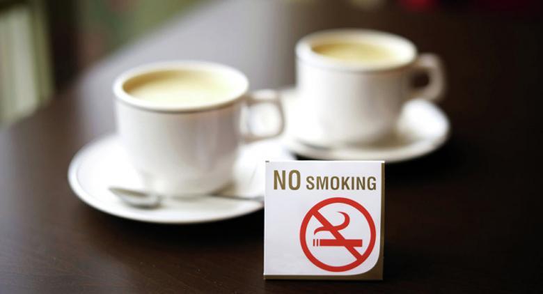 فنجان قهوة ينقذ إيطالياً من الانتحار