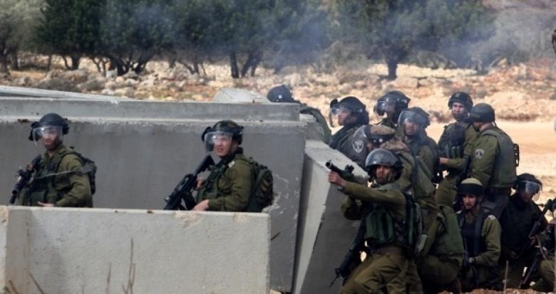 قوات الاحتلال تعتدي على عامل من جنين