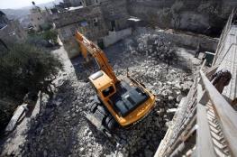 الاحتلال يجبر مواطنًا على هدم منزله في بيت جالا