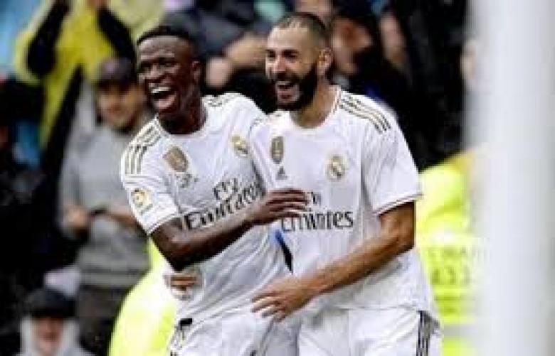 بنزيما يقود ريال مدريد لعبور إسبانيول وتصدر الليجا