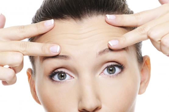 5 علاجات فعّالة للتخلص من التجاعيد