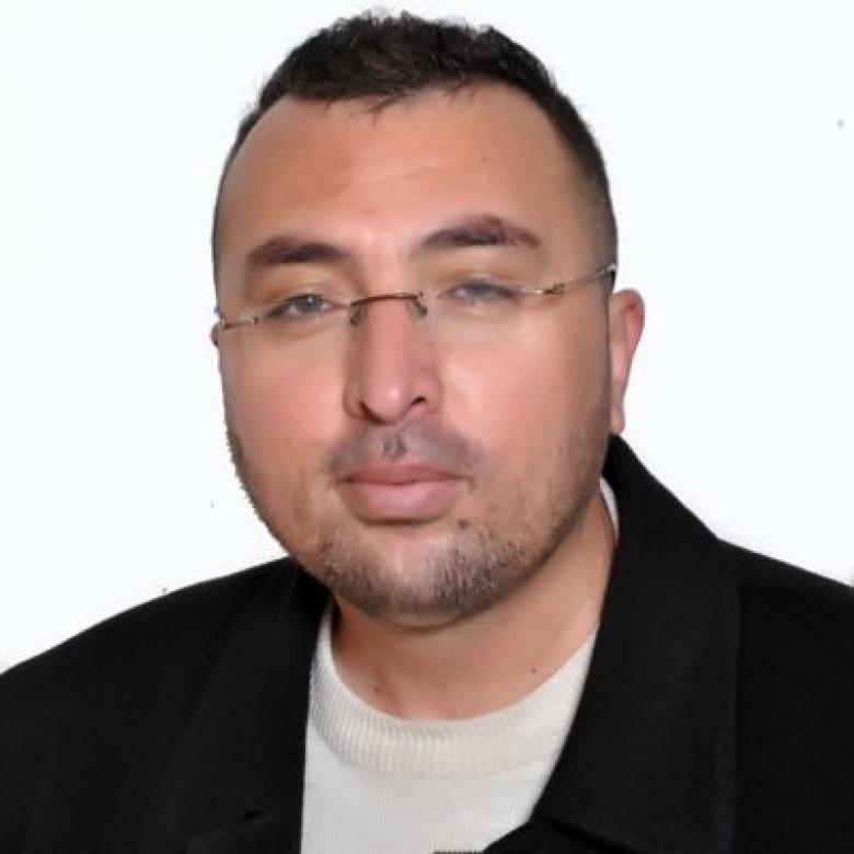الشيخ البدعة.. محمد أبو طير!