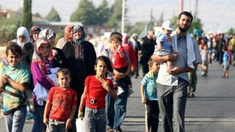 شح المياه والحرارة يعقدان أوضاع نازحي الموصل