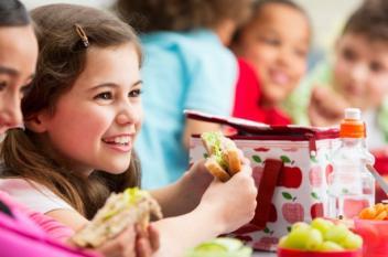 لماذا يرفض الأطفال الطعام الصحي؟