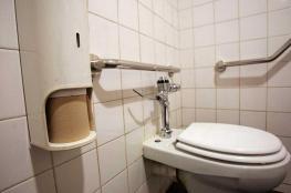 """دراسة صادمة عن البريطانيين بين """"المرحاض"""" و""""الرياضة"""""""