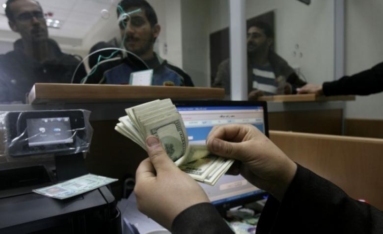 صرف مبالغ نقدية لذوي شهداء وجرحى بغزة غدًا