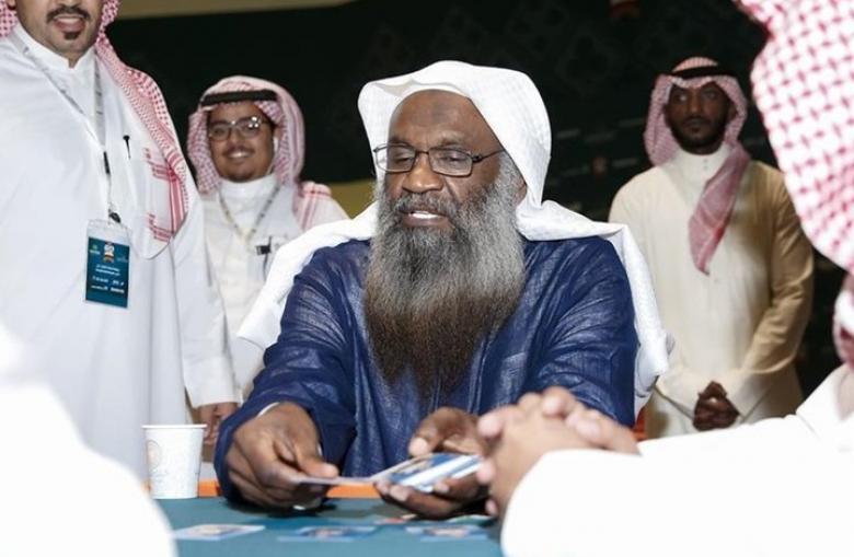 """اتهامات للكلباني بـ""""التملق"""" لتركي آل الشيخ.. ماذا قال؟"""
