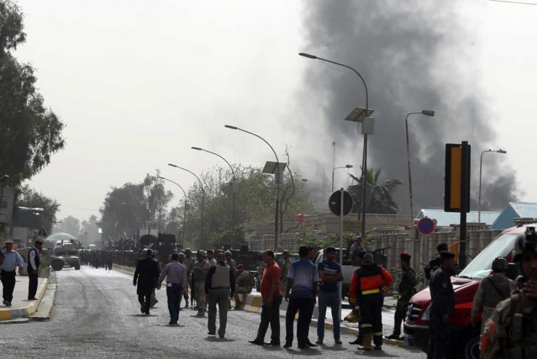 قتلى وجرحى في هجوم انتحاري على مطعم ببغداد