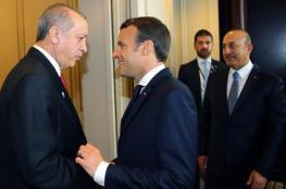 """خلاف وتلاسن بين """"فرنسا وتركيا"""".. كيف سيؤثر على ملف ليبيا؟"""