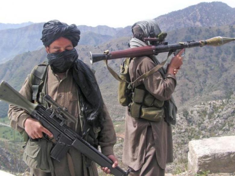 مقتل 5 مسلحين بينهم قائد بطالبان شمال أفغانستان