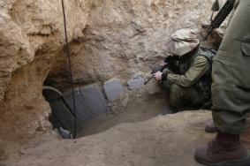 ضابط إسرائيلي: الأنفاق تهددنا على حدود غزة ولبنان