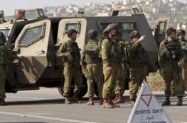 الاحتلال يحول حواجز في الخليل لثكنة عسكرية