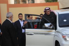 العمادي يغادر غزة بعد صرف مساعدات وجلسات مع الفصائل