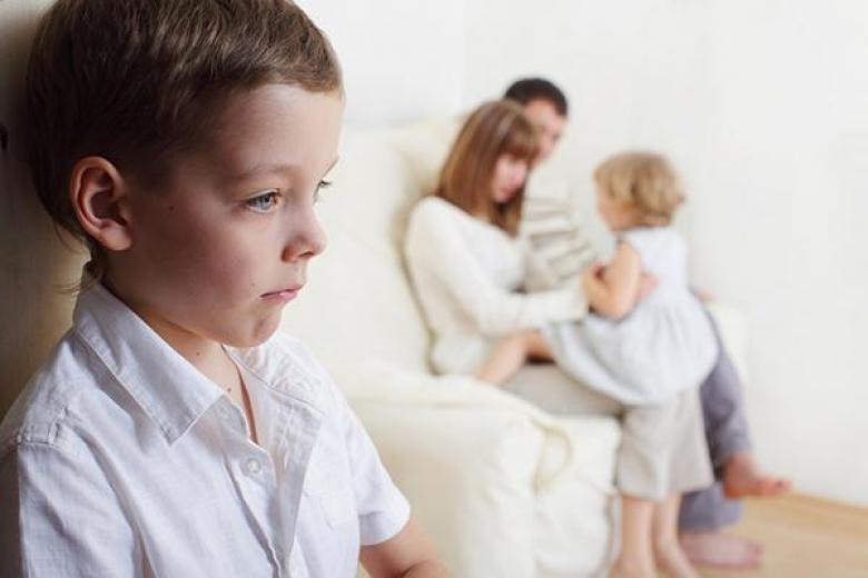 أخطاء تسعة تؤكد فشلك في تربية أولادك