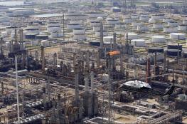 النفط يبدأ على انخفاض في التعاملات الآسيوية