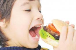 تجنبي إعطاء هذه المأكولات لطفلك في رمضان
