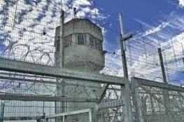 """الأوضاع في سجن """"ريمون"""" لا تزال متوترة"""