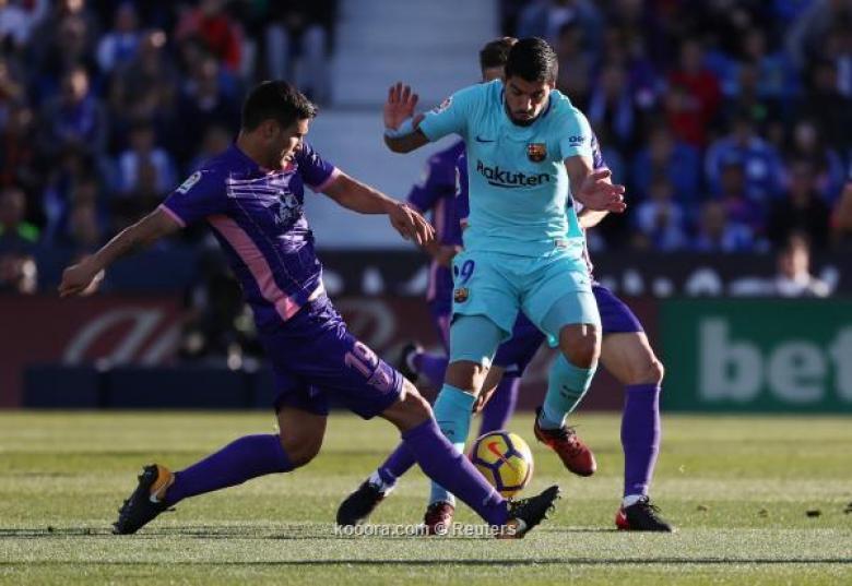حرب مدريد وانتصار برشلونة المزدوج الأبرز في صحف إسبانيا