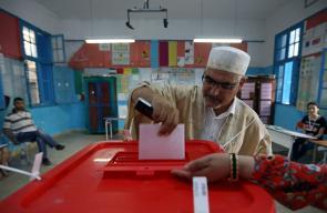 التونسيون يختارون رئيسهم اليوم من بين 24 مرشحا