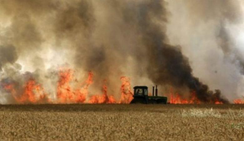 اندلاع 3 حرائق في غلاف غزة جراء بالونات حارقة