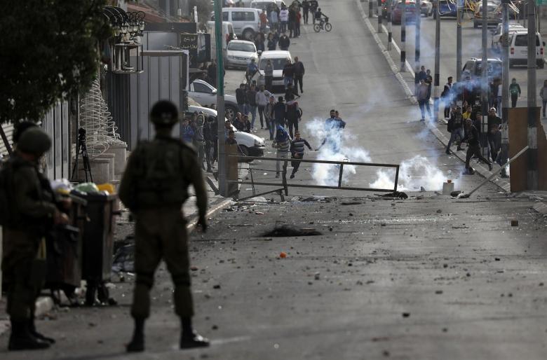 """إصابات بمواجهات مع الاحتلال بـ""""تقوع"""" و""""كفر قدوم"""""""