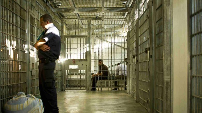 نقل أسرى سجن ريمون من قسم 1 إلى 7