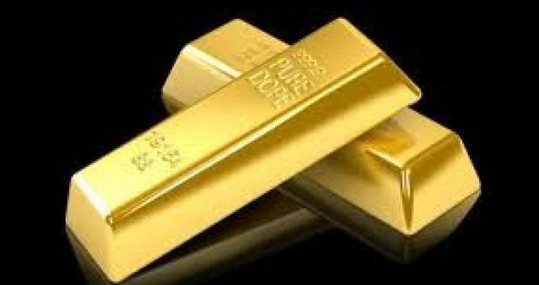 الذهب مستقر قرب أدنى مستوياته في خمسة أشهر