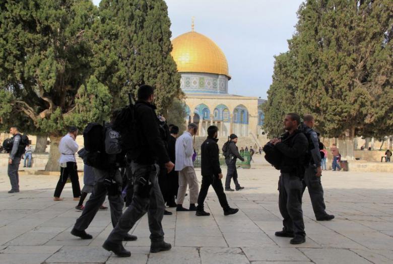 """""""الإفتاء"""" يحذر من عواقب استباحة المسجد الأقصى"""