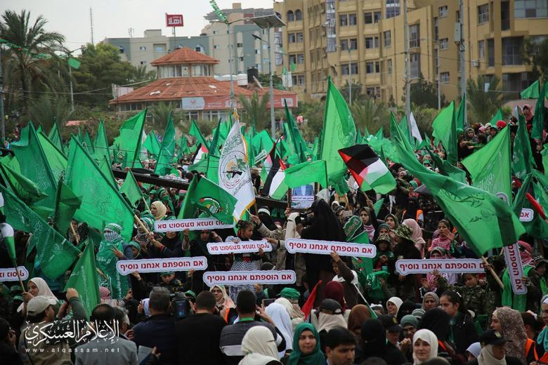 حماس تستنكر استهداف منزل وسيارة النائب سلهب في الخليل