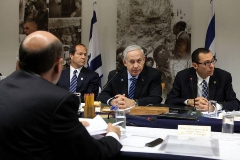 نتنياهو يجري مشاورات أمنية عقب إطلاق الصواريخ من غزة