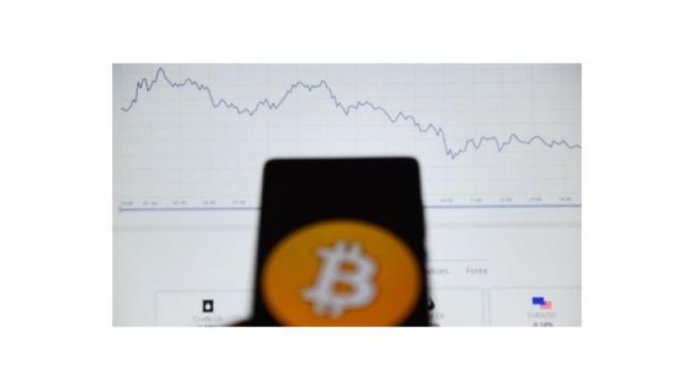 غوغل تحظر تطبيقات إنشاء العملات الرقمية في متجرها
