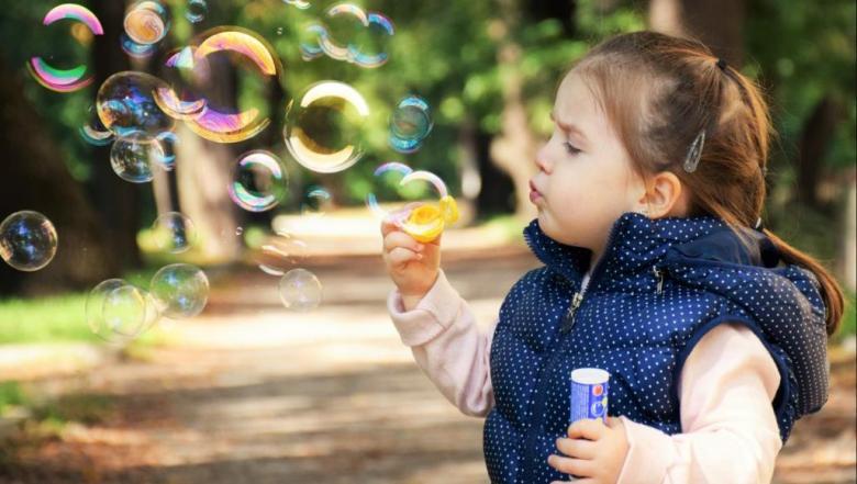 فكي شفرات طفلك واكتشفي نوع الذكاء الذي يمتلكه