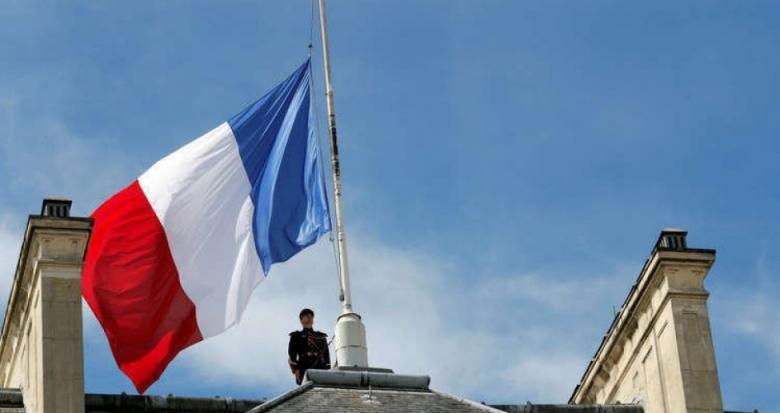 فرنسا تجند 9.3 مليارات دولار لمحاربة الفقر