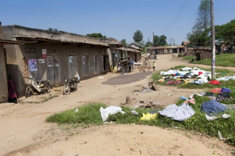 أوغندية تنتقم من زوجها أثناء نومه بطريقة بشعة لهذا السبب