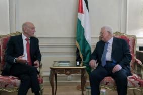 هجوم إسرائيلي واسع على أولمرت بعد لقائه عباس