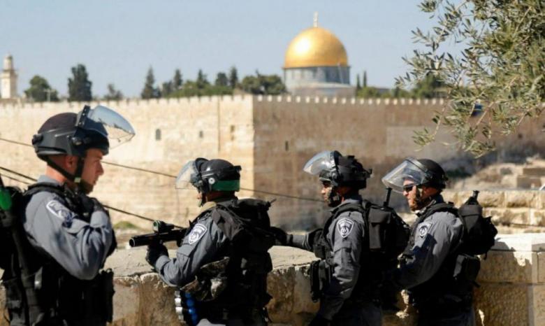 الاحتلال يمنع مقدسيا من السفر بزعم انتمائه لحماس