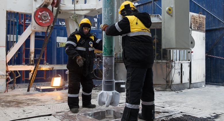 روسيا تقلص إنتاج النفط بمقدار 120 ألف برميل