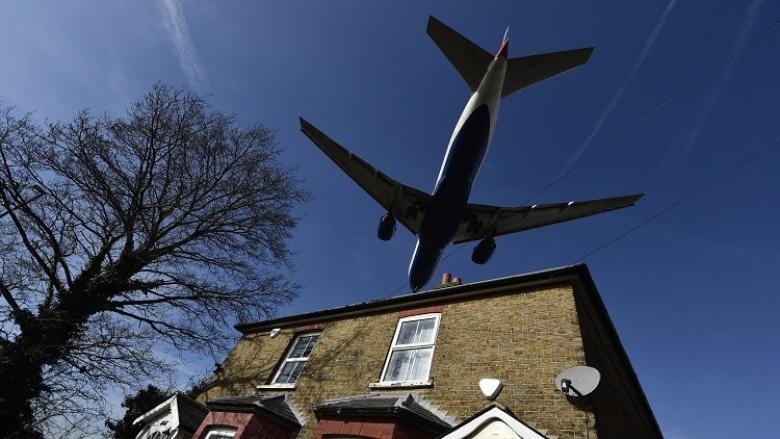 بريكست يهدد رحلات الطيران بين بريطانيا وأوروبا
