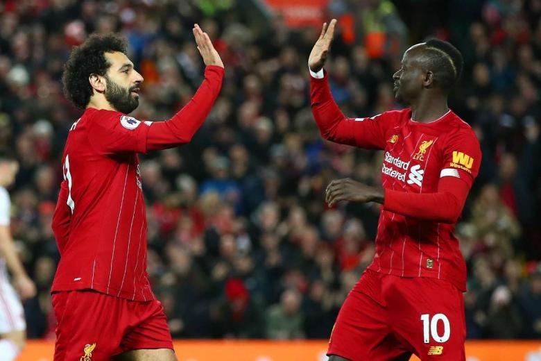 رد فعل محمد صلاح عقب تتويج ماني بجائزة أفضل لاعب في أفريقيا