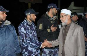 نواب الوسطى وقيادة حماس يتفقدان شرطة المحافظة