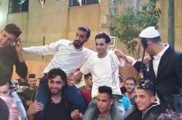 مستوطنون يشاركون بعرس نجل رئيس مجلس قروي برام الله