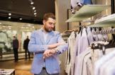 بغض النظر عن الماركات.. هكذا تحدد جودة الملابس عند الشراء