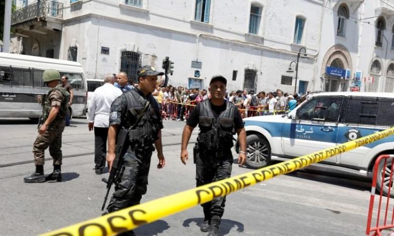 تونس.. الحكم بإعدام 8 متهمين في تفجير حافلة أمن رئاسي