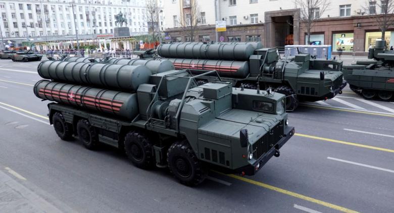 """روسيا ترسل الفوج الثاني من """"إس-400"""" إلى الصين"""