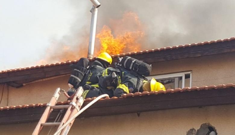 وفاة رضيع وإصابة 13 في حريق بصفد